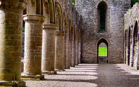 La Boyle abbey - Gordon Ryan - cc