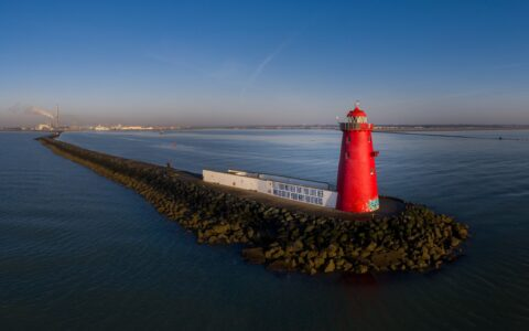 Le Poolbeg Lighthouse - © Ire DronePhotography