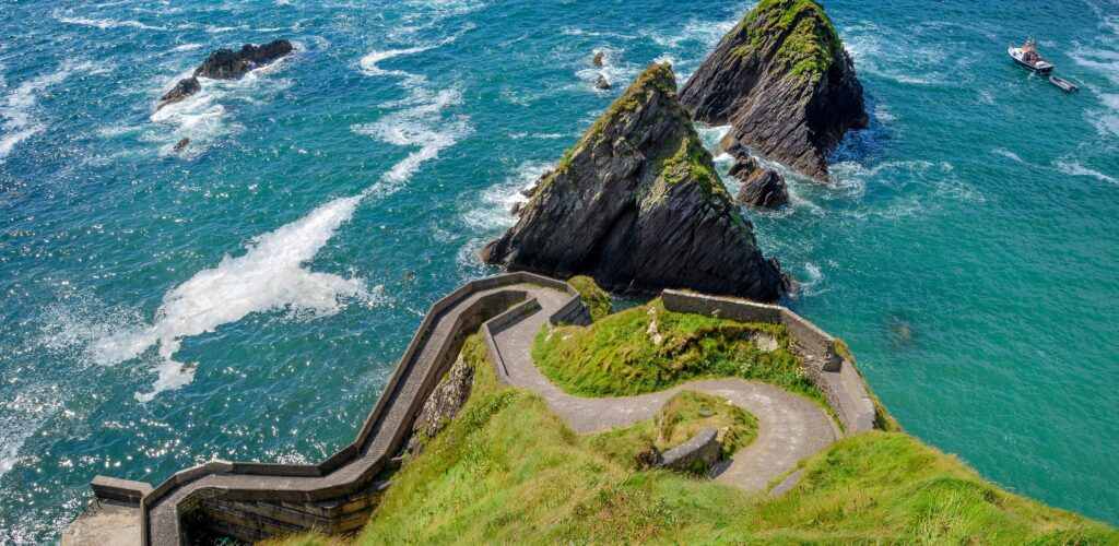 Dunquin Harbour - ©Patrick Lennon for Tourism Ireland