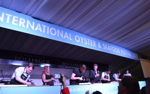 Le Galway International Oyster - Annie and Andrew - cc