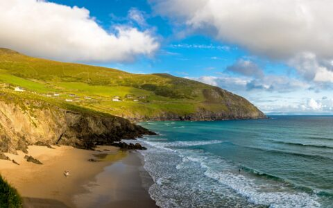 La Coumeenoole Beach - Lyd Photography - Shutterstock
