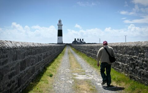 Le Phare d'Inisheer - Phil Burns - cc