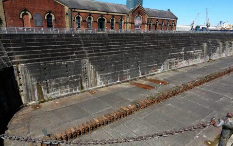 Le Titanic's Dock and Pump-House