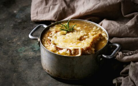 Une irish onion soup - NatashaBreen