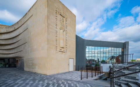 Le Medieval Museum of Waterford - William Murphy - cc