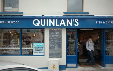 Le Quinlans Seafood Bar