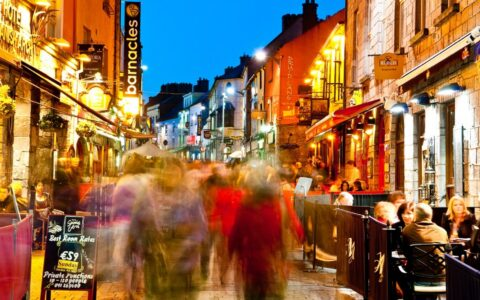 Quay Street à Galway - Barnacles Budget Accommodation - cc