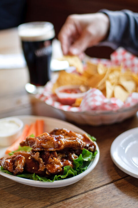 Des chicken wings - Danny Ngan - cc