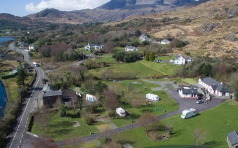 Hungry Hill Lodge & Campsite